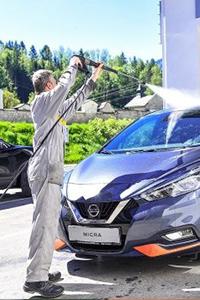 Reinigung und Aufbereitung Fahrzeuge
